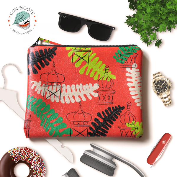 Red-patterned--pouch-for-him-made-of-vegan-leather-bolso-chico-vegano