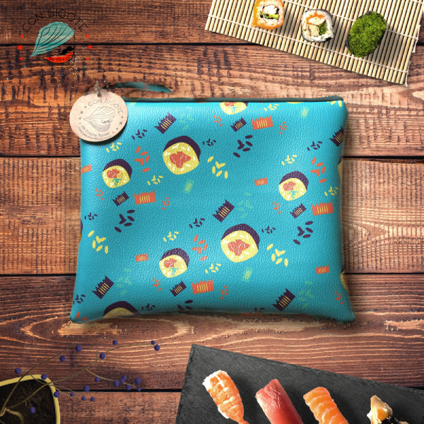 Sushi-pattern-vegan-leather-pencil-case-Estuche-con-estampado-de-sushis-conbigote